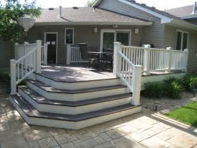Corner Deck Stairs Design Decks Gir Mac Construction Llc 17055 Goodwin Avenue Hastings Mn 55033 651 480 1933