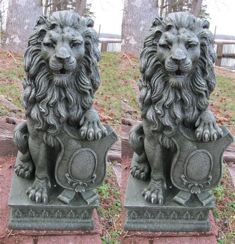 image gallery lion statue home decor 2 lion garden driveway figurine statue pair 25 quot tall