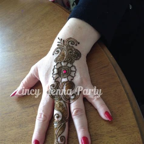 hire cincy henna party henna tattoo artist in cincinnati