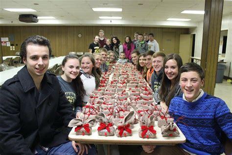 group christmas crafts crafts tis the season coal cracker
