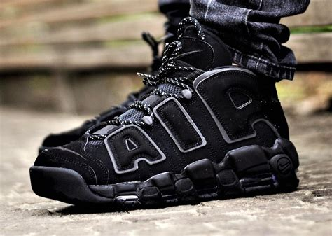 Sepatu Basket Air More Up Tempo White Gold purple gold mens nike air more uptempo shoes