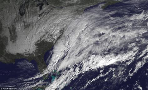 beauty shows east coast astronaut captures pictures of storm juno from