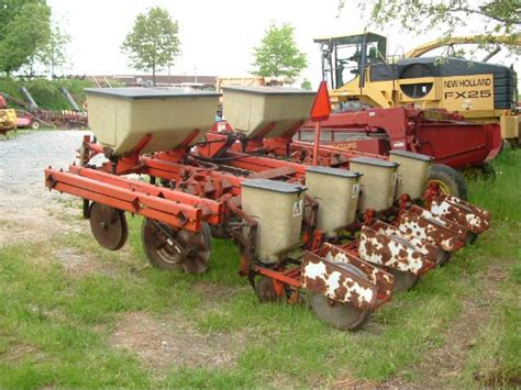 Till Planter by Used Allis Chalmers 4r No Till Planter