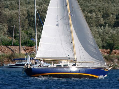 yacht keel 10 best long keel yachts boats