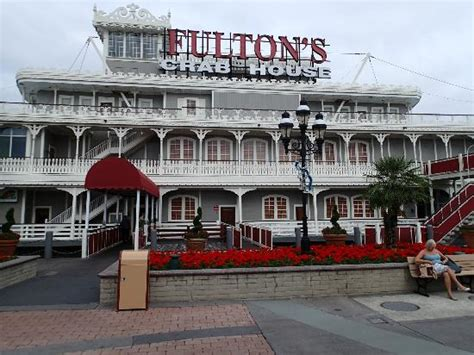 fulton s crab house one of the best restraunts in downtown disney picture of fulton s crab house