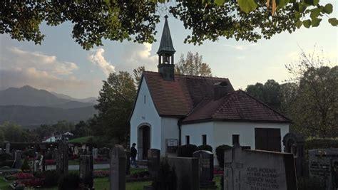 quaint german town travel places pinterest leavenworth wa august 8 2014 bavarian village of
