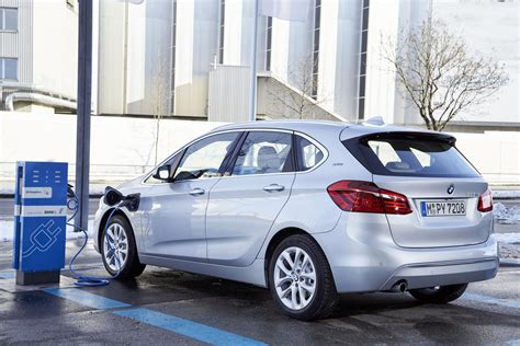 Bmw In Hybrid by Bmw 225xe Active Tourer In Hybrid Test Drive Review