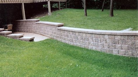 Design For Diy Retaining Wall Ideas Unilock Retaining Walls Backfill Retaining Wall Low Maintenance Retaining Wall Plants