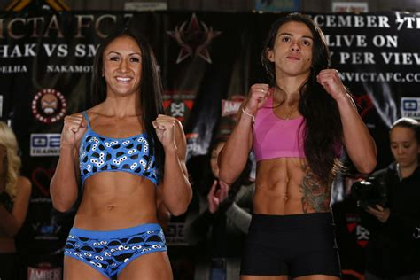 Invicta Fc Wardrobe by Canceled Bouts Wars And Now Tuf 20 The Feud Between Carla Esparza And Gadelha