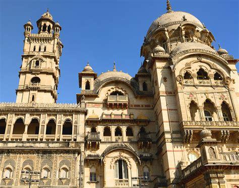 cheap flights from mumbai to vadodara