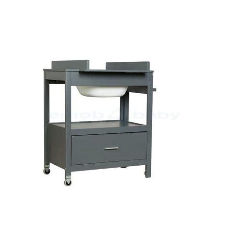 Table A Langer Plus Baignoire by Plus De 25 Id 233 Es Uniques Dans La Cat 233 Gorie Table 224 Langer