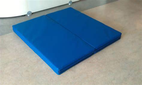 materasso palestra materasso pieghevole 244x122x5cm bluegym web shop
