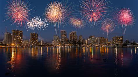 new year celebration honolulu 2016 greet the new year aboard the dolphin honolulu hi