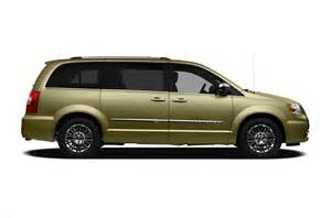 Reviews Chrysler Town And Country 2011 Chrysler Town And Country Price Photos Reviews