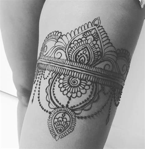henna tattoo back piece best 25 henna thigh ideas only on side