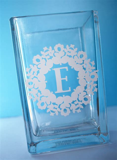 Monogrammed Vases by Monogrammed Vase Idea 350 Silhouette Cameo Vinyl