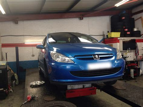 Garage Derby Reviews by Unlucky Peugeot Owner Has His 307 S Steering Repaired And