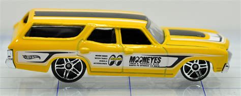 Wheels 62 Chevy Mooneyes image 70 chevrolet chevelle yellow mooneyes hw 2 jpg wheels wiki