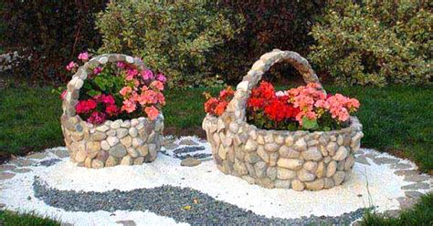 giardini con pietre e sassi arredare il giardino con pietre e sassi 20 idee per