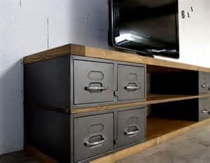 meuble bois et acier les 25 meilleures id 233 es concernant meuble tv industriel