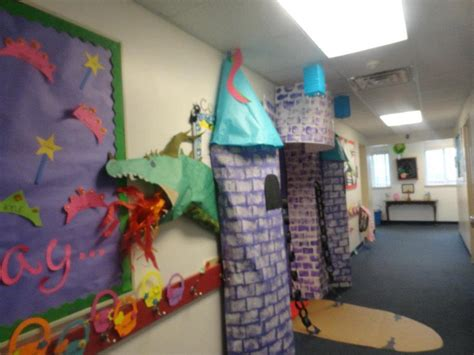 theme for classroom decoration best 25 castle classroom ideas on castle