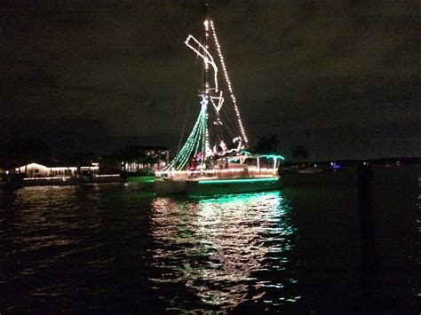 st pete beach boat parade 2015 complete free guide to all ta bay holiday lighted