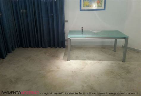 pavimenti interni casa 10 vantaggi dei pavimenti in cemento per interno casa