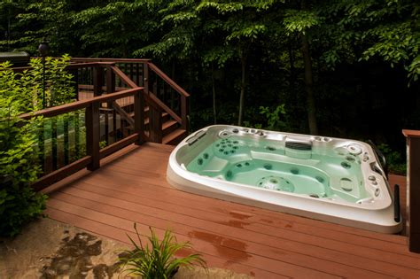 Bookcase Around Window Decks With Tubs Landscape Eclectic With Firepit Ipe