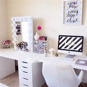 Want one efficient space for getting work done and getting pretty