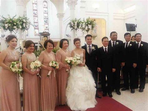 Wedding Entourage Hairstyles by How To Choose Your Wedding Entourage Hizon S Catering