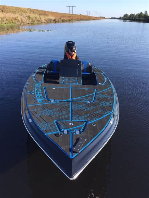 bullet boats price bullet 22sf 2014 for sale for 85 000 boats from usa