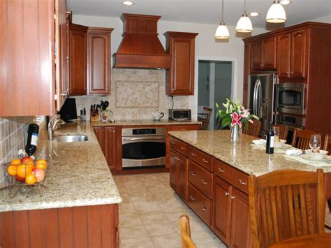 traditional kitchen with island seating hgtv - Traditional Kitchen Countertops