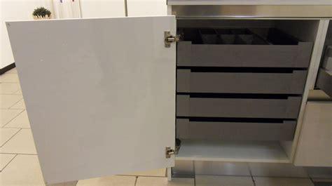 mobile con cassetti per cucina anta mobile con cassetti interni gicinque cucine