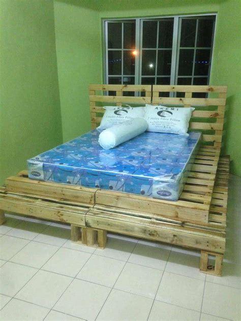 pallet platform bed 20 excellent pallet furniture projects 101 pallets part 2