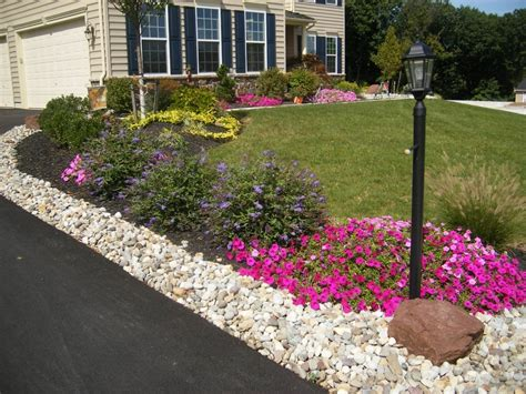 Large Front Yard Landscaping Ideas Front Yard Landscaping Ideas In Superb Large Size Tiny Front Yard Landscaping Ideas