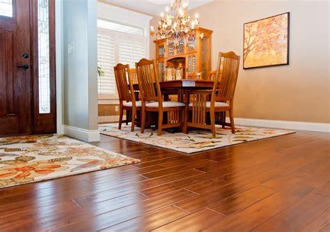 Hardwood floor vs Laminate ? Which one is the winner