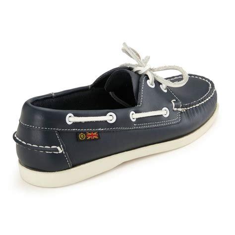 deck slippers henri lloyd hl classic 2 eye deck shoes boat shoes