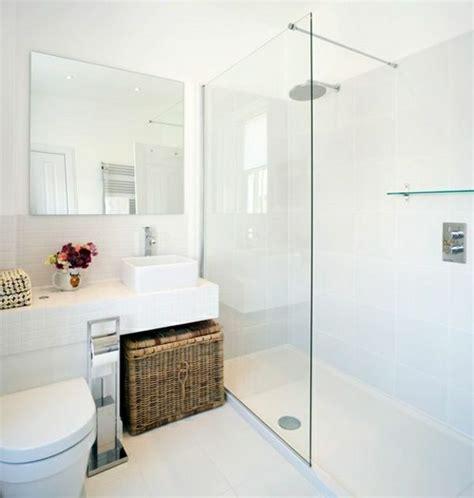 badezimmer setup ideen wei 223 es badezimmer duschwand korb blumen badideen wc