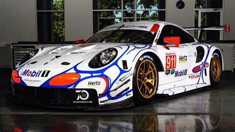 retro racing porsche porsche revives the 90s with another retro racing livery