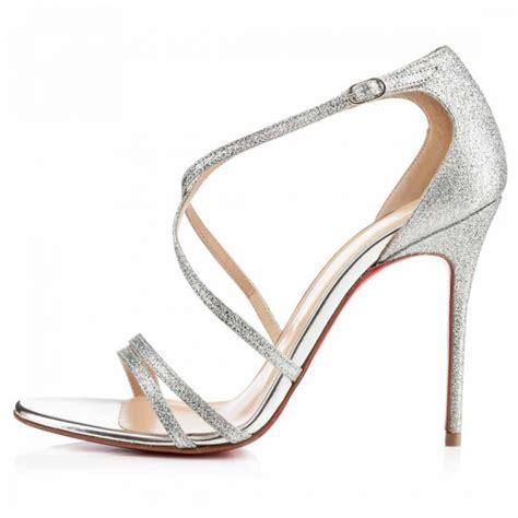 Sepatu Louboutin inspirasi glitter serlah gaya ratu sehari pesona pengantin