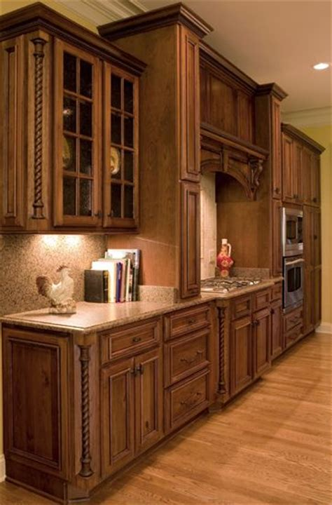 rustic cherry kitchen cabinets 17 best images about cabinetry shiloh on pinterest