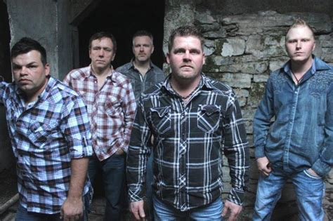 roughstock country music band hawkesbury livewire earns new group of the year nom at the texas