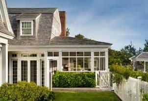 marthas vineyard shingle cottage  coastal interiors