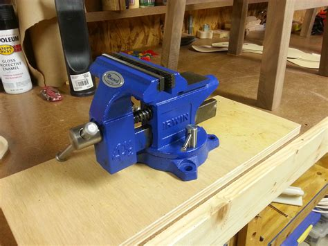 workbench vise  mount bushwoodworkingcom