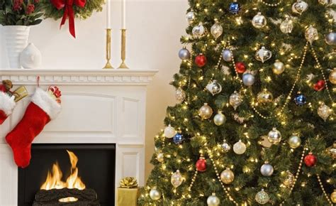 how to make your christmas tree last longer christmas decore