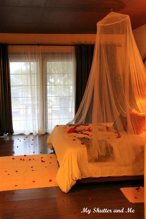 Wedding Night Hotel Room Decorations   Home Decorating Ideas