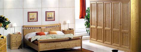 schlafzimmermöbel echtholz rot schwarz schlafzimmer