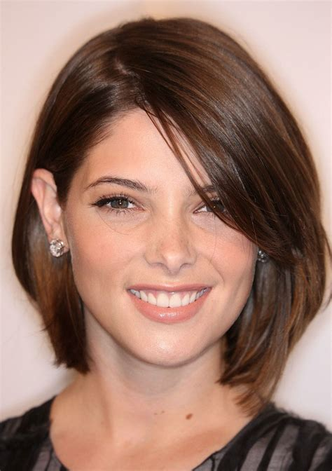 cutting shorter pieces of hair near the face 40 super cute looks with short hairstyles for round faces
