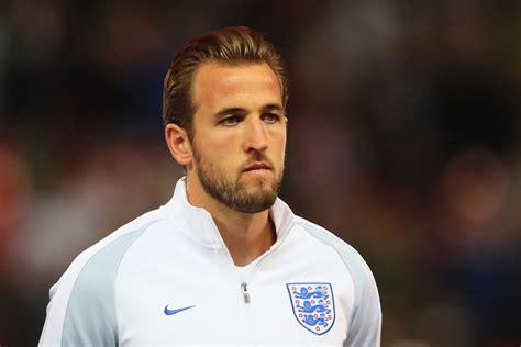 english captain harry kane should be full time england captain says terry butcher squawka football