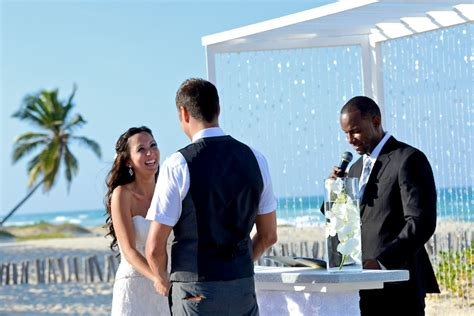 5 Reasons To In Your Wedding by 5 Reasons To Your Destination Wedding In Jamaica